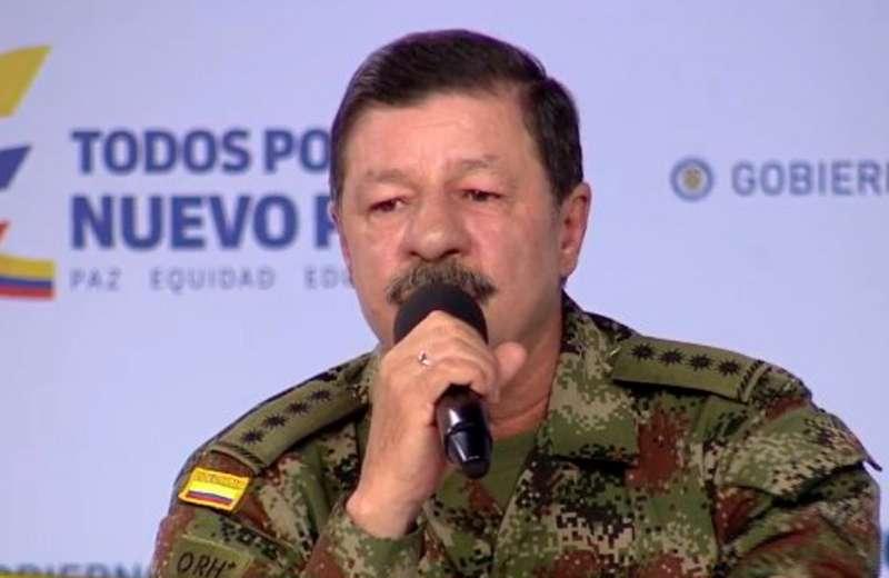 General Flórez pide la baja de las Fuerzas Militares