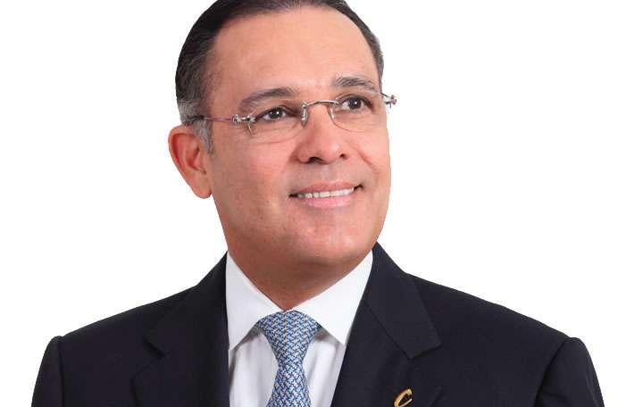 Presidente del Senado desacata orden judicial para revivir curules para víctimas