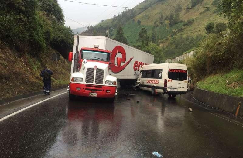 Cajamarca: Comerciante del Quindío entre los muertos del accidente en La Línea