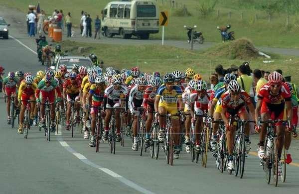 Venezolano José Márquez domina sexta etapa de Vuelta al Táchira