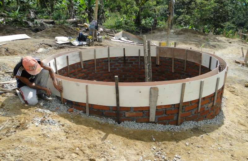 Universidad la Gran Colombia construye pozos sépticos para tratamiento de aguas residuales