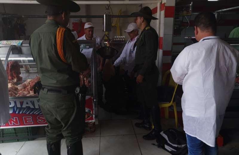 Incautan carne en plaza de mercado de Calarcá durante el fin de semana
