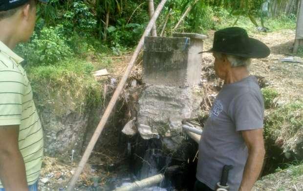 Solución al represamiento de la cañada en Acacias Bajo.