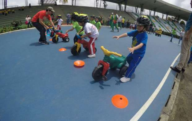 Éxito en Festival Deportivo de Preescolares