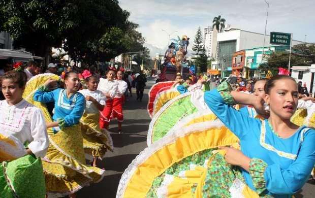 Desfile Cuyabro
