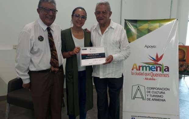 Autor quindiano reconocido en proyecto literario nacional