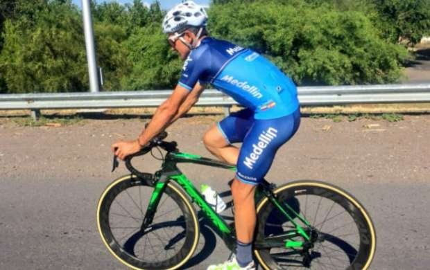 Atracan a Oscar Sevilla y le roban su bicicleta