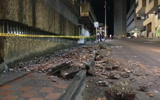 Colapsa muro en los alrededores de la plazoleta Centenario