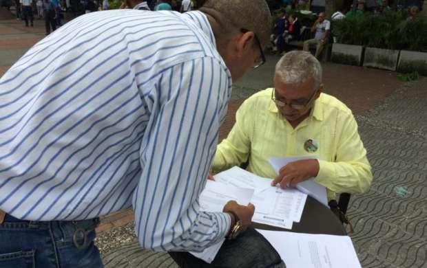 Algunos candidatos dieron a conocer públicamente su declaración de renta